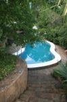 Дом в Гурзуфе, бассейн, большой двор