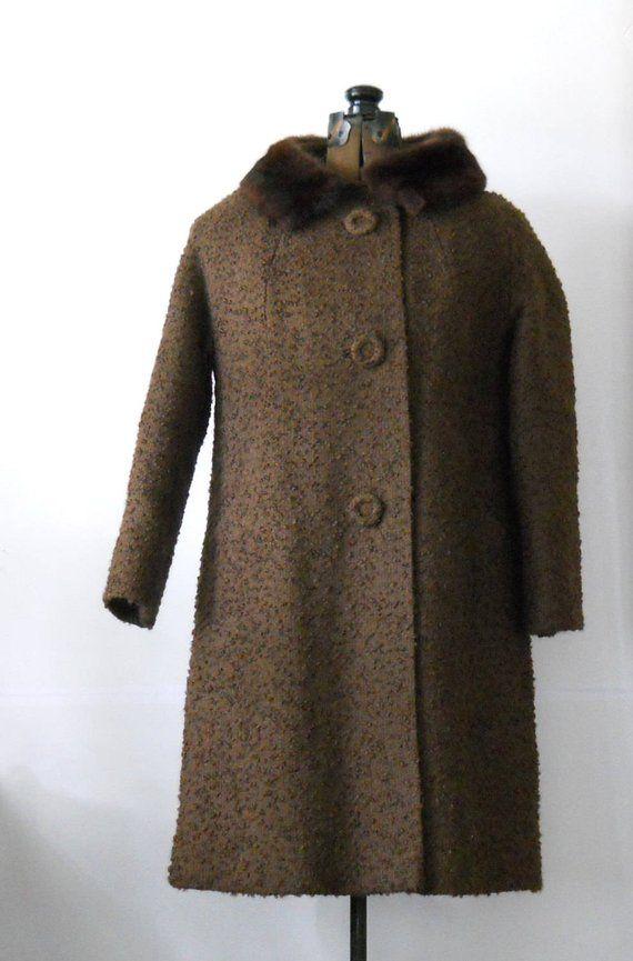 f18a512277 Vintage Ladies Coat Mid Century Textured Coat with Fur Collar 1950s Winter  Coat