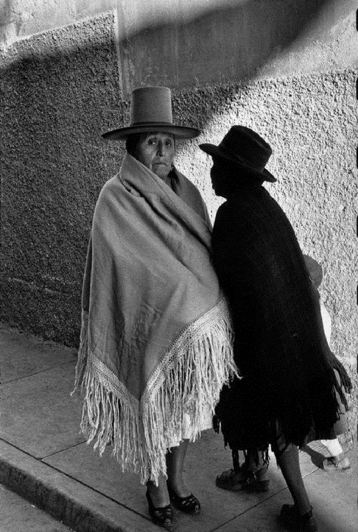 EN 1957, À POTOSI. SERGIO LARRAIN RÉTROSPECTIVE AUX RENCONTRES D'ARLES, ÉGLISE SAINTE-ANNE, JUSQU'AU 1ER SEPTEMBRE 2013.