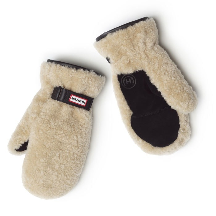Hunter Shearling Mittens are perfect for snowy days.
