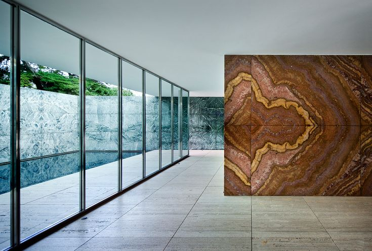Space of dreams. Barcelona Pavilion | Barcelona, Spain | Mies van der Rohe. Isn't it beautiful? I like the combination of the colous