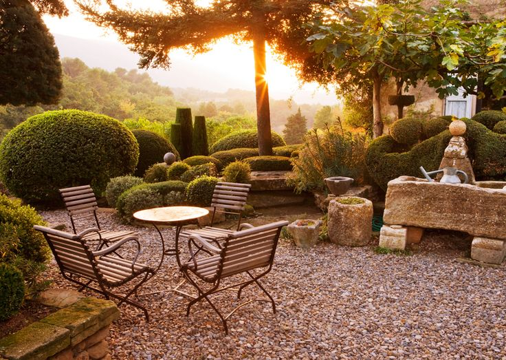 UK Garden Photographer Clive Nichols