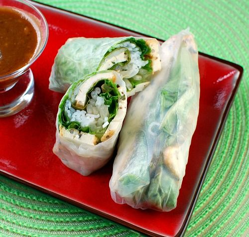vietnamese salad rolls.: Peanut Butter Sauce, Sauces Yum, Tofu Rolls, Vietnamese Salad Rolls, Spring Rolls, Pho Cafe, Rice Paper Rolls, Summer Spring, Salad Rolls Mmm
