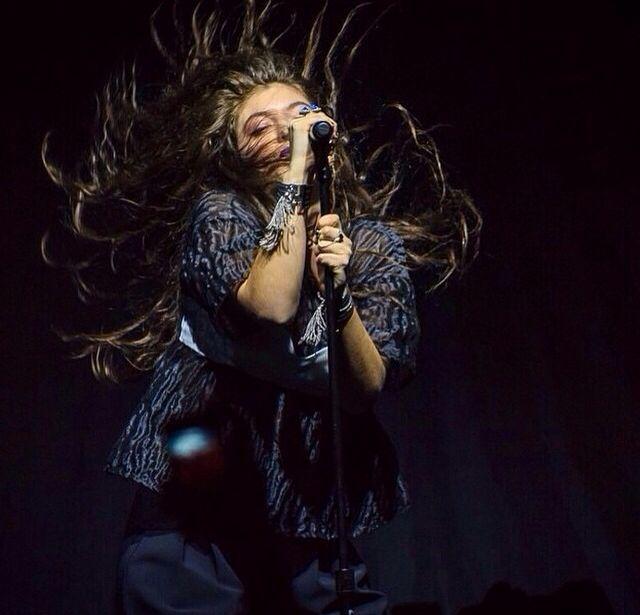 Lorde's hair is incredible