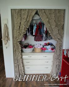 Glimmer And Grit: DIY Bed Sheet Ruffle Curtains