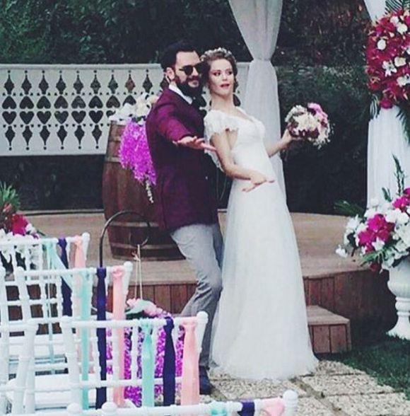burcu biricik düğün (2)