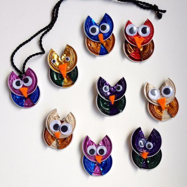 Rebekka's craft room: Coffe capsule owl / Hiboux en capsules de café