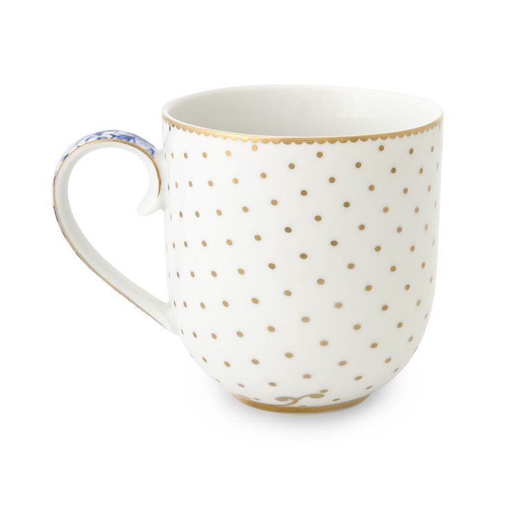 Add delicate charm to the home with this Royal White mug from Pip Studio. Crafted from porcelain, it is a must have for any tableware collection and there are more items available in the range. Ado...