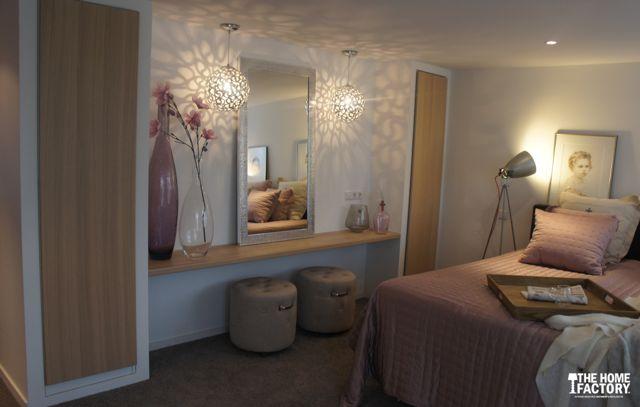 25 beste idee n over kleedkamer ontwerp op pinterest kleedkamer kleedkamers en kleedruimte - Moderne slaapkamer met kleedkamer ...