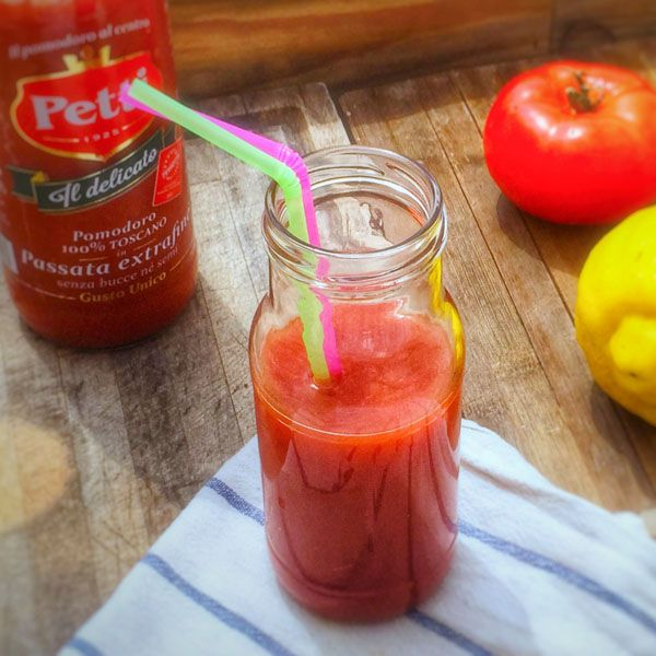 Tomato Detox, light and fresh recipe by Petti Social Foodie. Take a look!