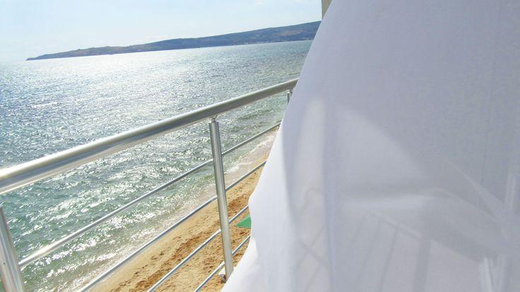 Снять Дом в Феодосии для летнего отдыха, это самые уютные варианты для отдыха на черном море восточного побережья Крыма. Здесь самые широчайшие песчанные, пляжи и несколько мелко-галечных. В основном просторы песчаных пляжей..Сделать выбор вы можете перейдя по ссылке