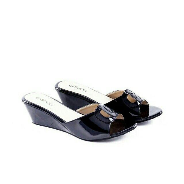 Temukan Garucci Wedges Wanita - SH 5151 seharga Rp 144.000. Dapatkan sekarang juga di Shopee! http://shopee.co.id/jimbluk/107537624