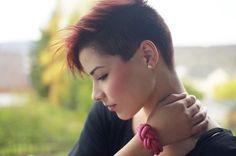 punk pixie haircut | Chic Pixie Haircuts: Awesome Short Hairstyle / Via
