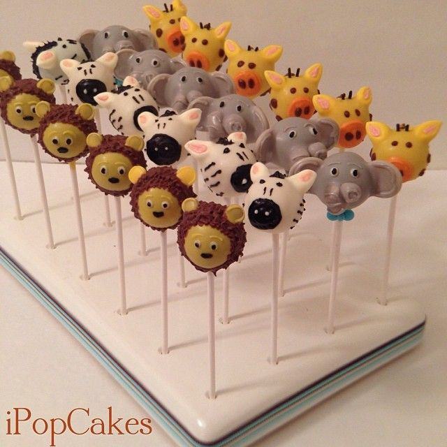 I Pop Cakes: Jungle theme baby shower cake pops.