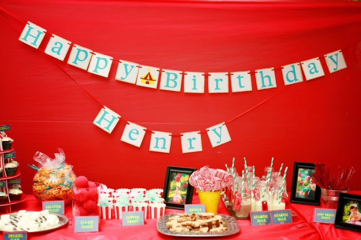Check out the sweet details of this circus-themed birthday party.: Circus Birthday Parties, 1St Birthday Parties, Kids Party, Kids Birthday S, Boy S Birthdays, Party Ideas, Circus 1St Birthdays, Birthday Ideas, Birthday Party