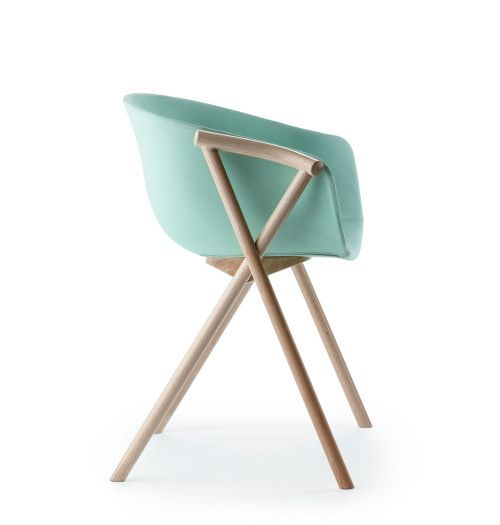 Bai is a minimalist design created by Spain-based designer Ander Lizaso for Ondarreta. Bai dining chair combines a shell upholstered in Bute...