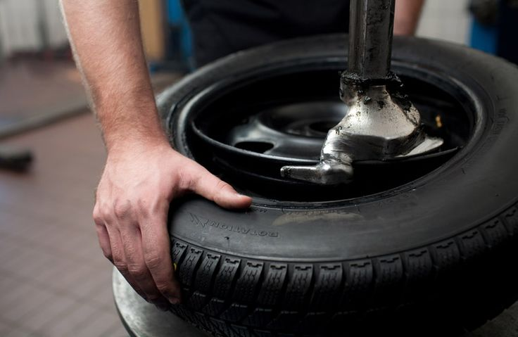 Woodfield Nissan auto parts and service. tires and oil changes
