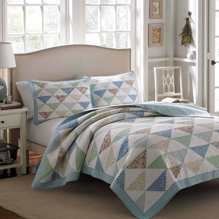 Theodora Cotton Quilt by Laura Ashley from