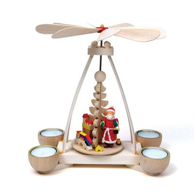 Tealight Pyramid with Santa Claus