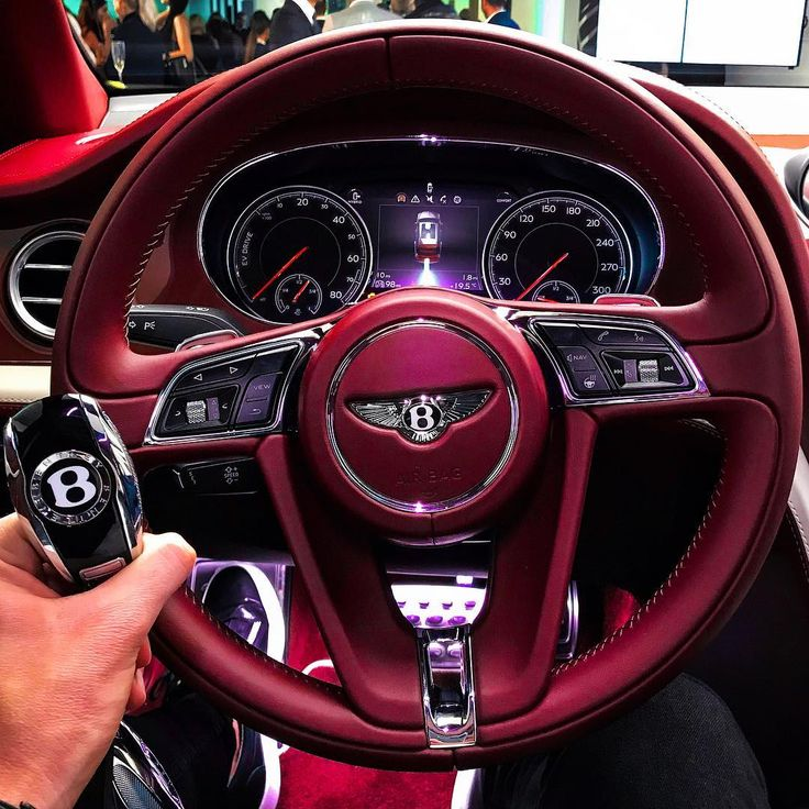 Whats your thoughts on this interior? Personally I love it! Big thanks to @Bentl ...
