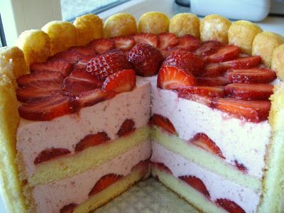 Strawberry Mousse Cake and Strawberry Charlotte | anjelikuh*