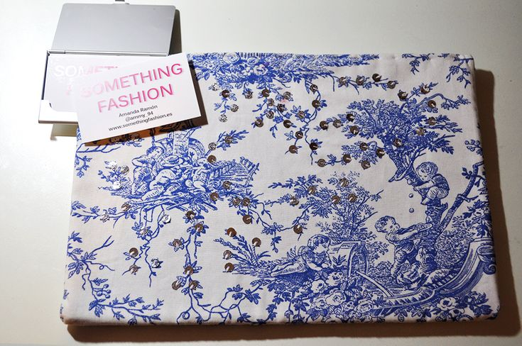 #GIVEAWAY FINISHED! Thank you to all of you who joined to win the #ToiledeJouy clutch  Tomorrow I'll be announcing the winner via Facebook and also sending the mail, so stay tuned for the news. Good luck everyone! <3