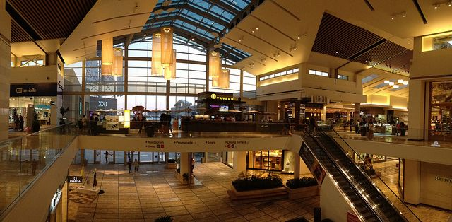 Roseville has a huge beautiful mall to visit on your - Olive garden fayetteville arkansas ...