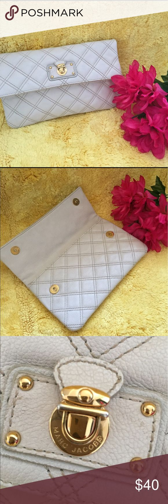 Marc Jacobs Quilted Cream Clutch Excellent used condition Marc Jacobs Bags Clutches & Wristlets