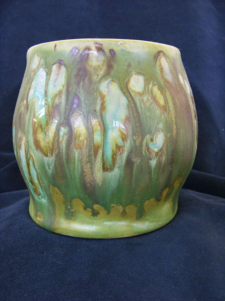 10cm x 11cm Early 30 s John Campbell pot unique Experimental glaze Australian Pottery