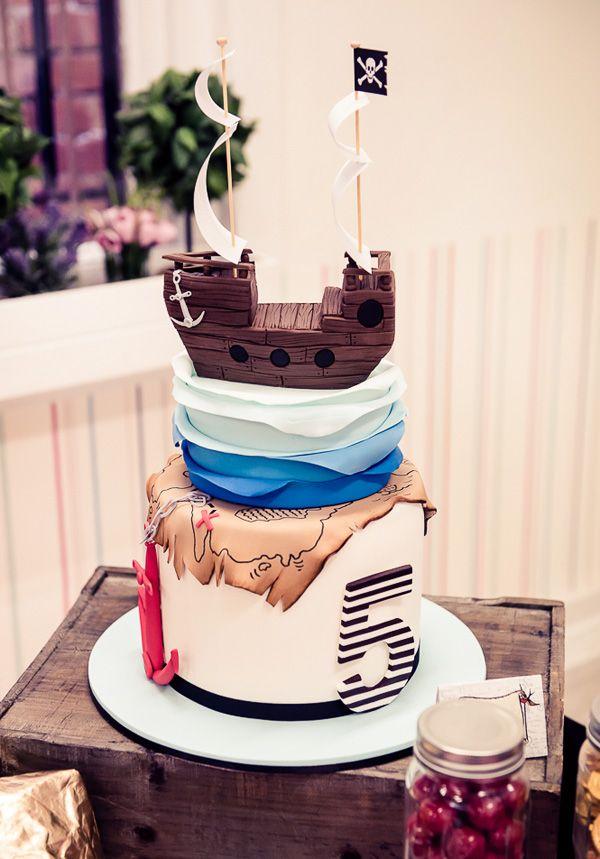 {Ship, & Treasure Map Inspired} AMAZING Pirate Cake! #cake #pirate