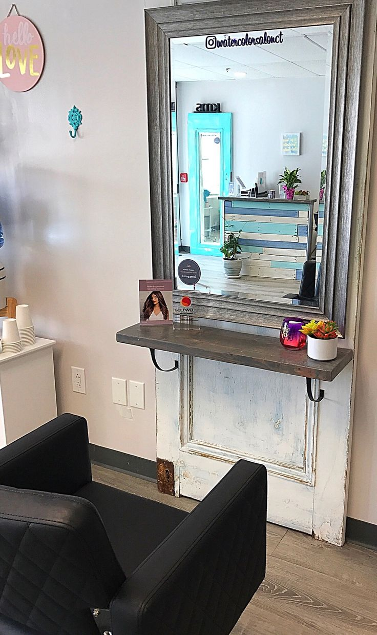 WaterColor Salon~ recycle and repurpose! Home Beauty Salon, Home Hair Salons, Beauty Salon Decor, Home Salon, Beauty Salon Interior, Rustic Salon, Shabby Chic Salon, Rustic Shabby Chic, Vintage Hair Salons