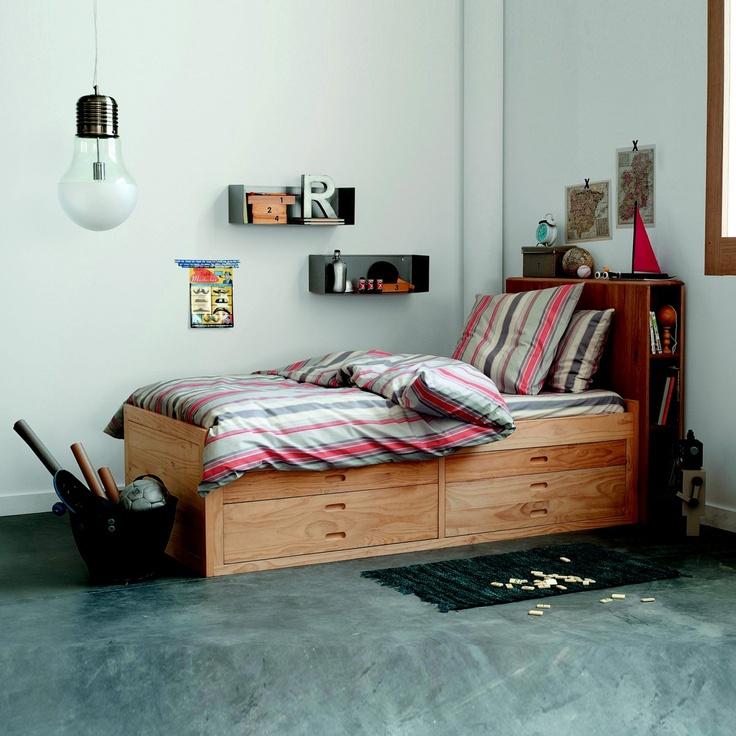 les 25 meilleures id es de la cat gorie lits plateforme sur pinterest lit plate forme diy lit. Black Bedroom Furniture Sets. Home Design Ideas
