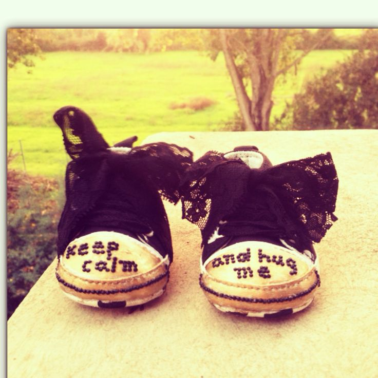 Prewalker baby shoes - keep calm and hug me