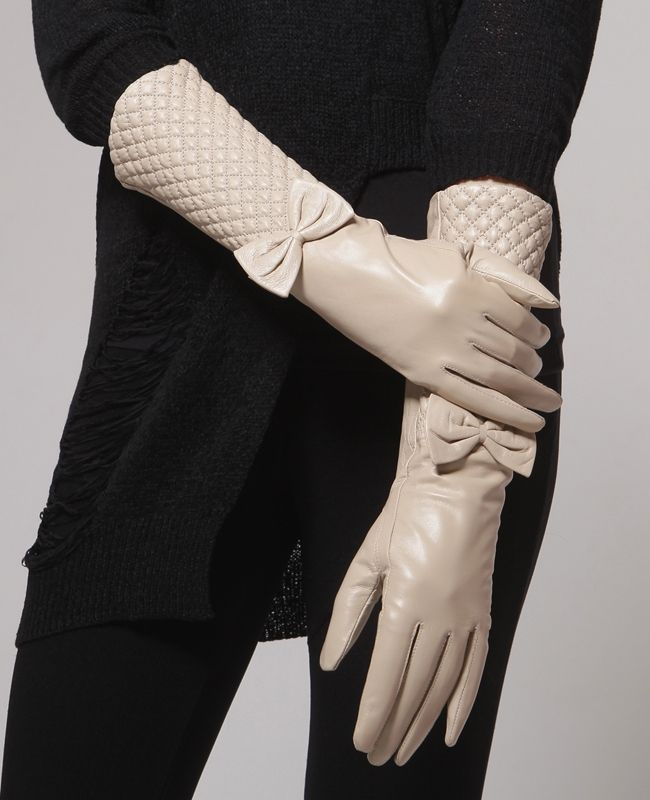 Ribbon leather gloves / Genuine leather gloves at bosroom.com #Leathergloves #Gloves #Sheepskingloves #Simplegloves #Wintergloves #Winter #Ootd #Acc #Accessory #Accessories