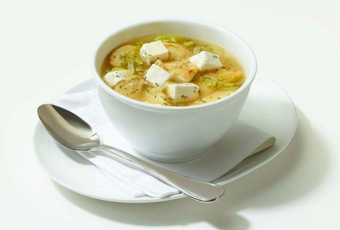 Queso Crema Philadelphia te ofrece el mejor sabor para tu familia e invitados. Disfruta una rica sopa de poro y papa,  fácil de preparar.