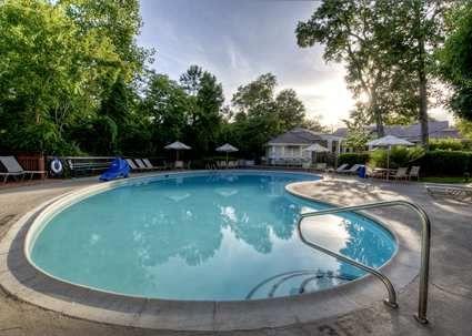 Hampton Inn & Suites Wilmington/Wrightsville Beach Hotel, NC - Outdoor Pool