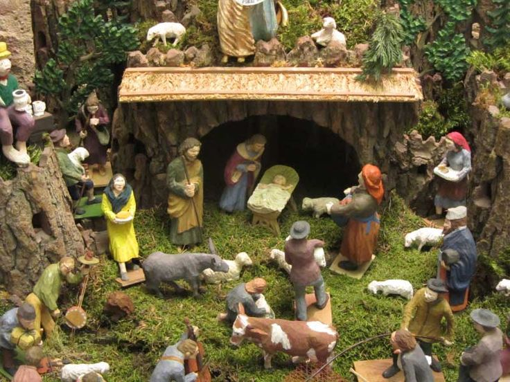 nice czech tradition -  carved depictions of the Birth of Jesus. Exibition in http://www.praguepost.com/166-expats-in-cz/43017-nativity-scenes-show-a-history-of-folk-art
