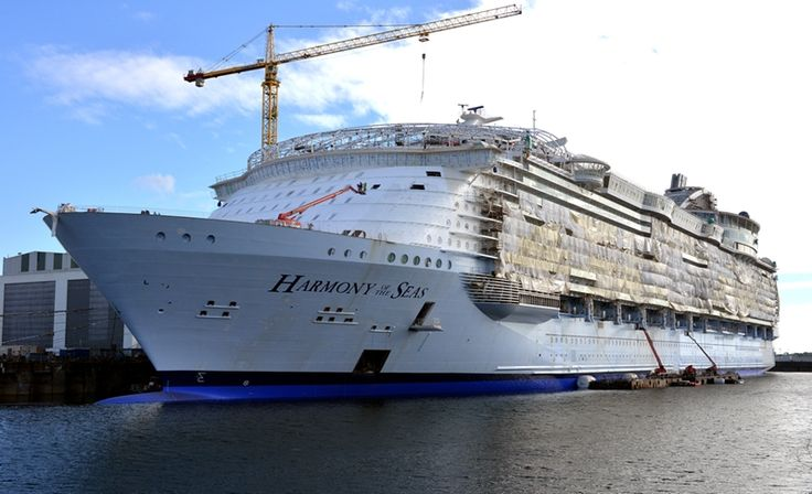Harmony of the Seas Shows off at Shipyard in France. Construction is coming along nicely. http://ow.ly/UFwt4