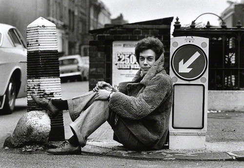 A young Tim Curry on the streets of London, early '70s.