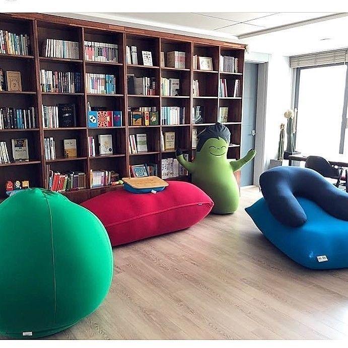 Chair Sofa おしゃれまとめの人気アイデア Pinterest Shampoo インテリアデザイン インテリア シンプル ヨギボー