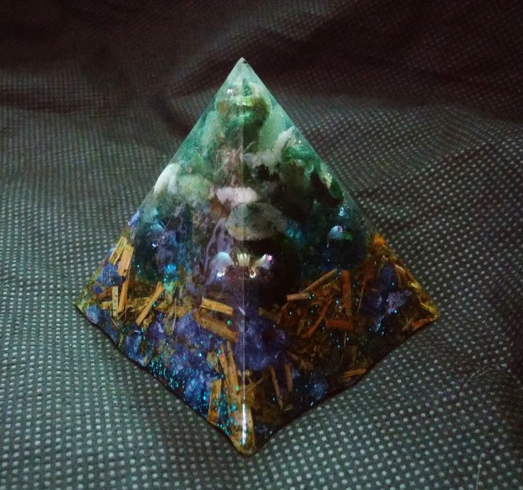Green Moss Agate Piezoelectric Pyramid with Agrimony and Colored Glass by KomacFineArt on Etsy