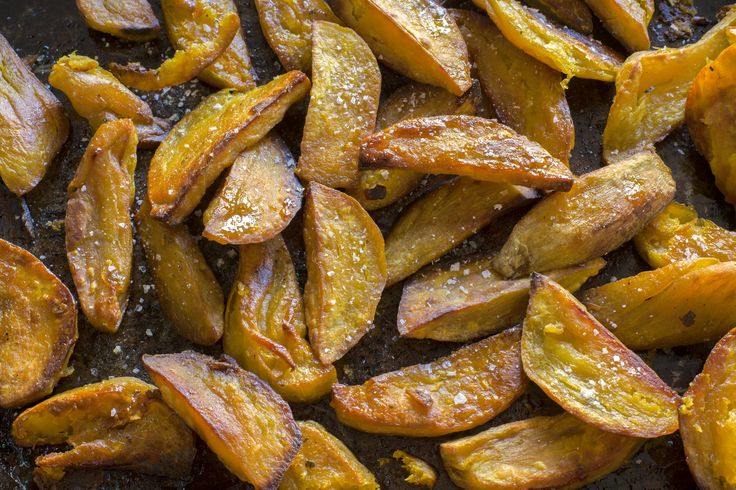 Crunchy maple baked kumara chips
