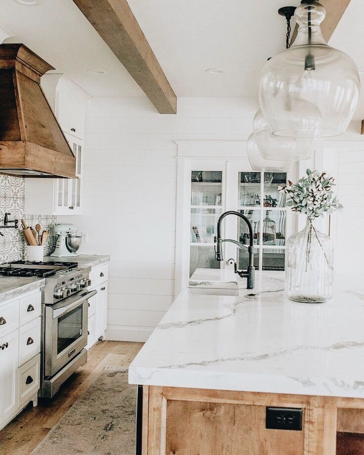 Pinterest Chandlerjocleve Instagram Chandlercleveland Farmhouse Kitchen Countertops Kitchen Design Countertops Home Decor Kitchen