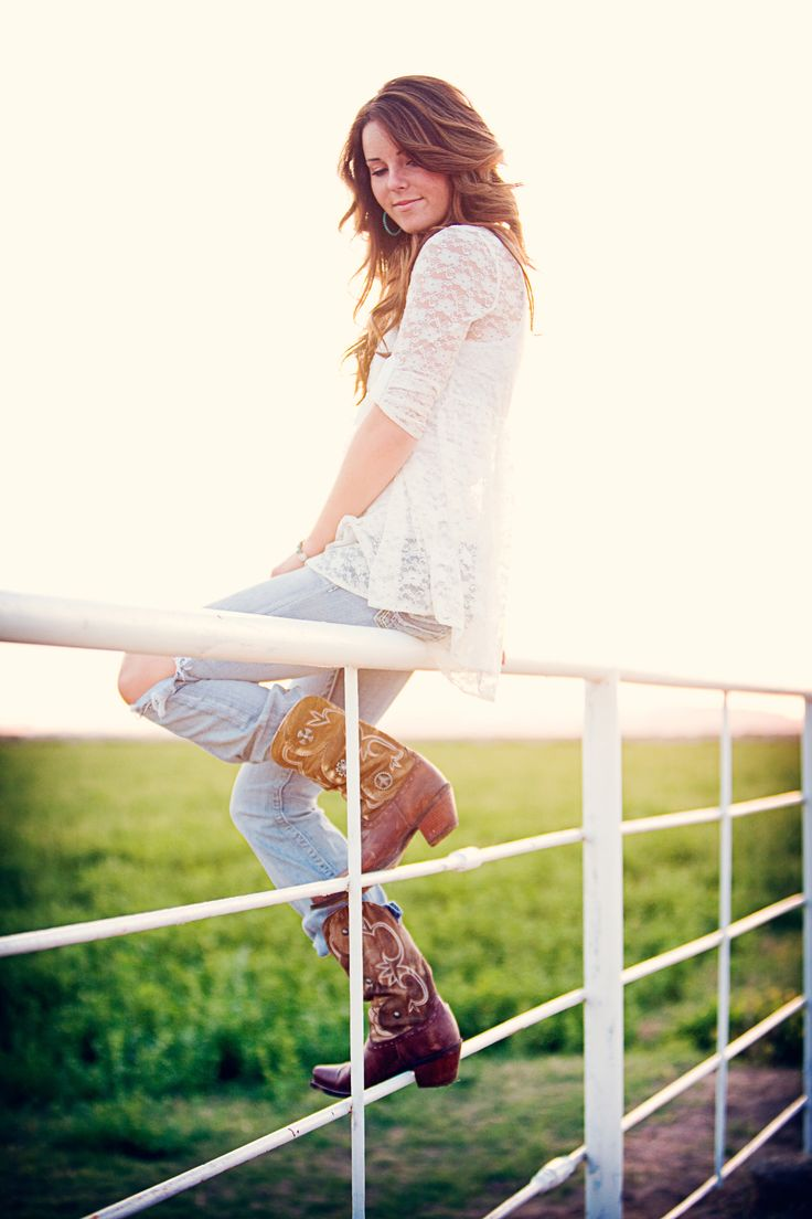 Awesome lighting and colors! I love the lace with cowgirl boots!!!