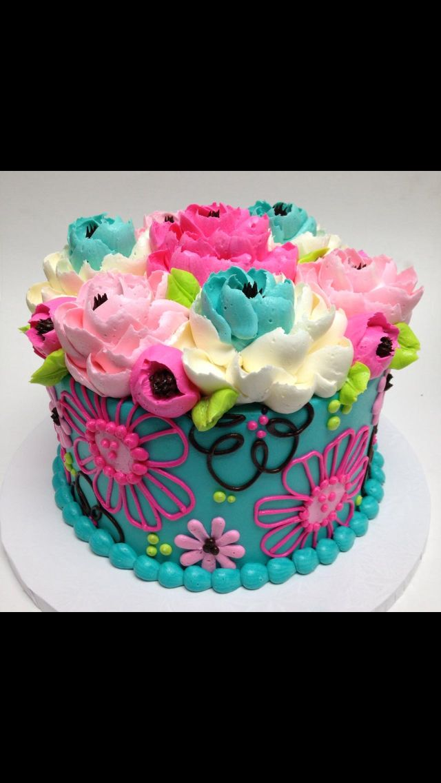 Best 25+ Flower cakes ideas on Pinterest Buttercream ...