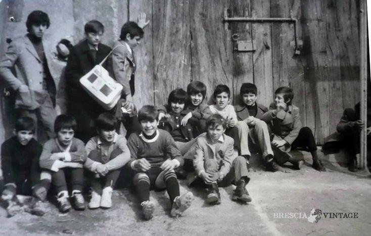 """""""Torneo di calcio"""" - Oratorio San Giovanni - 1974 http://www.bresciavintage.it/brescia-antica/arti-e-mestieri/torneo-calcio-oratorio-san-giovanni-1974/"""