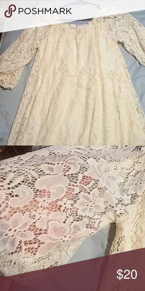 Umgee dress Cream color dress super cute on amd with a belt Umgee Dresses Mini