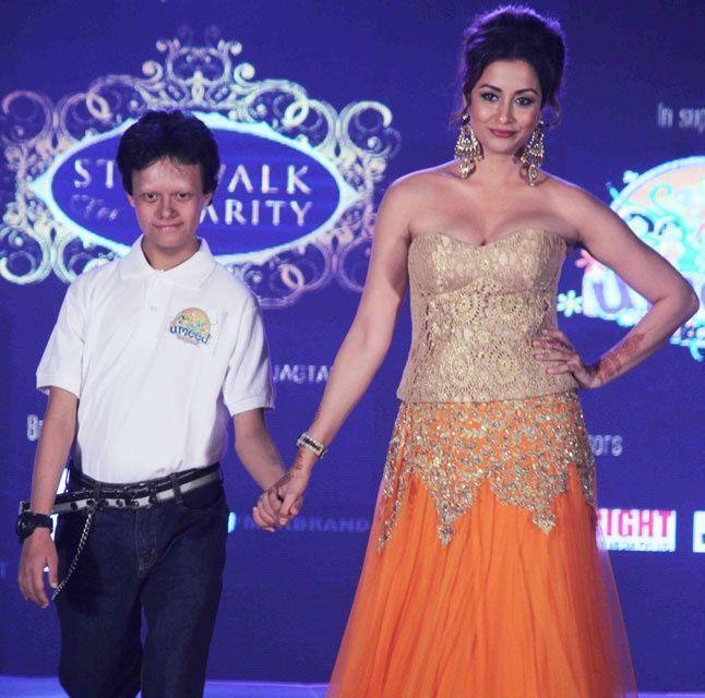 Sizzling Hot Pics of MTV India Fame Madhura Naik