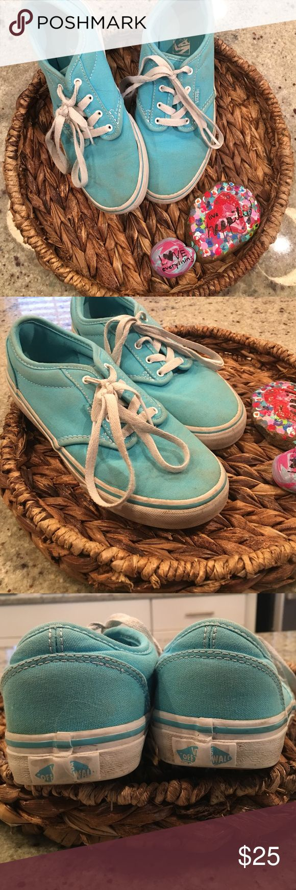 Girls Vans shoes Basic wear and tear but in great shape perfect condition on the soles! Vans Shoes Sneakers
