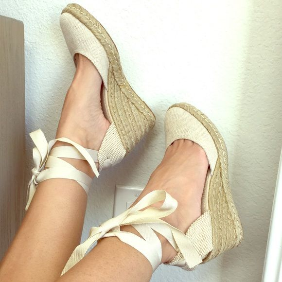 """NEW Tommy Hilfiger lace up espadrilles New Tommy Hilfiger espadrilles. 3"""" woven wedge with lace up off white grosgrain ribbon. Size 6.5. Never worn. So perfect for warm weather! :) Tommy Hilfiger Shoes Espadrilles"""